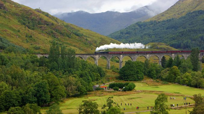 Glenfinnan, Scotland | Flickr - Photo Sharing! |Glenfinnan Scotland
